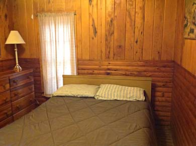Cabin5 Bedroom 1